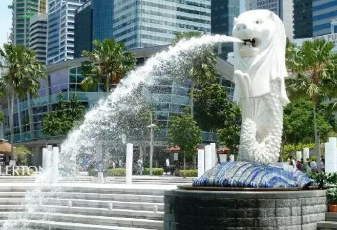 新加坡 狮头鱼尾像